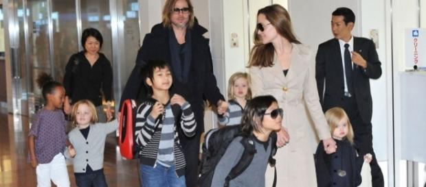 Angelina Jolie Granted Full Temporary Custody of Kids With Brad ... - harpersbazaar.com
