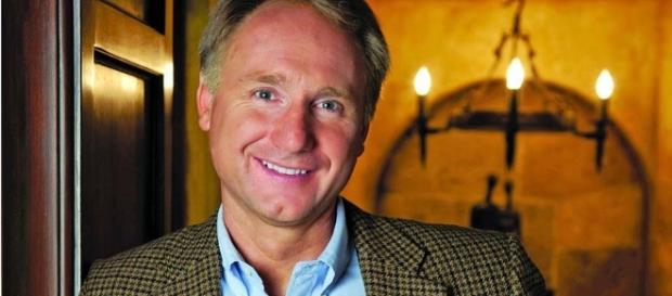 Dan Brown's Biography - Florence Inferno - florenceinferno.com