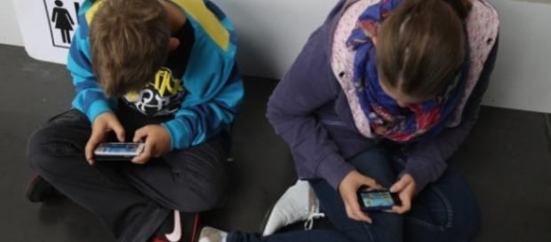 Eletrônicos em excesso pode atrasar desenvolvimento infantil