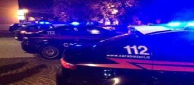 I carabinieri accorsi in Via Trieste trovano il cadavere di una donna di 67 anni.