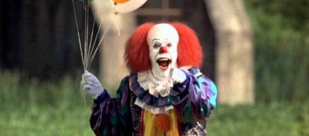 clown horror in creepy costumes continue to terrify