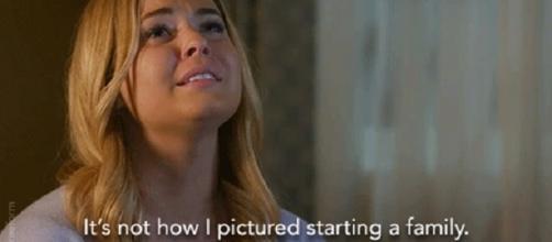 Alison descobre que está grávida