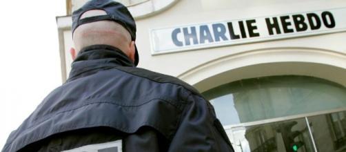 La protesta sui social contro Charlie Hebdo