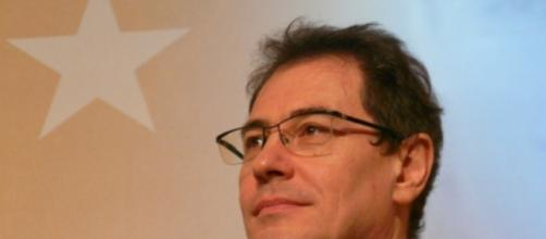 Robert Rochefort - Modem - plaide coupable - CC BY