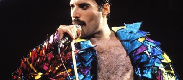 Freddie Mercury avrebbe 70 anni: le 10 cose da sapere - Panorama - panorama.it