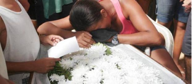 Macabro. Jovem grávida foi enterrada viva.