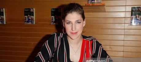 Mayim Bialik Book Signing For/ photo via Blasting News Library, Getty Images, Creative Commons