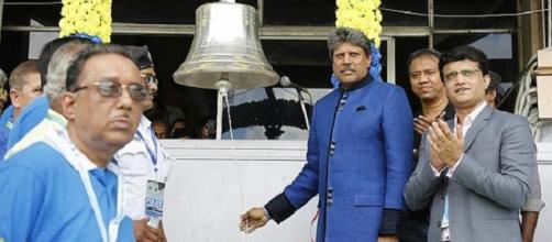 Kapildev and Ganguly at the opening ceremony (Youtube screen grab)