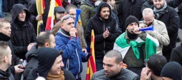 10 soferi romani în greva foamei în Italia