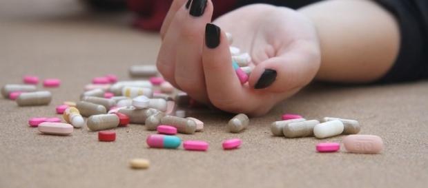 Crean la primera aplicación móvil de prevención del suicidio en ... - teinteresa.es
