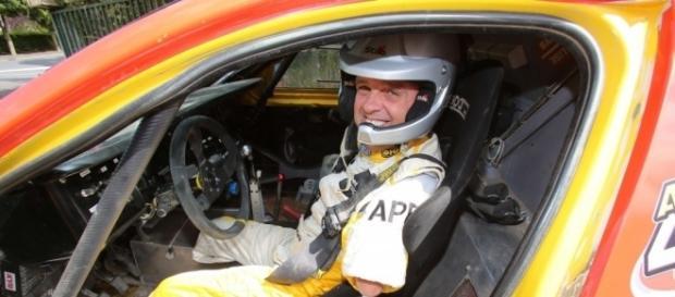 Motorbit - Philippe Croizon: un piloto sin límites - motorbit.com