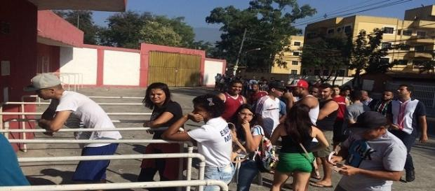 Torcida do Flu esgota os ingressos e lotará o Giulite Coutinho no sábado para encarar o Sport (Foto: Net Flu)