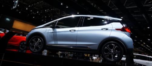 La Opel Ampera-e elettrizza il Salone di Parigi 2016 [FOTO LIVE] - motorionline.com