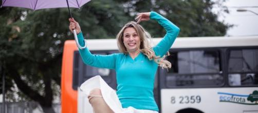 Priscilla Toscano defecou na Av. Paulista em abril (Foto: Divulgação/SP Cultura)