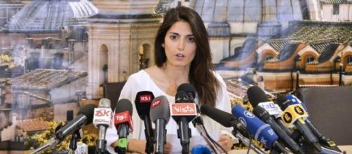 Virginia Raggi: dopo poco più di due mesi la sua esperienza amministrativa a Roma è già in salita