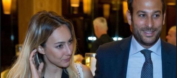 Cristel Carrisi e il marito dopo le loro nozze