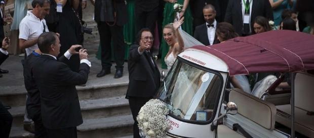 Cristel Carrisi matrimonio da favola, 500 vip invitati,Lecce ... - baritalianews.it