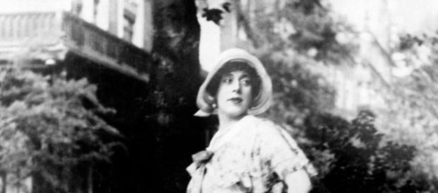 La fotografía tomada de Einar Wegener luego de su metamorfosis