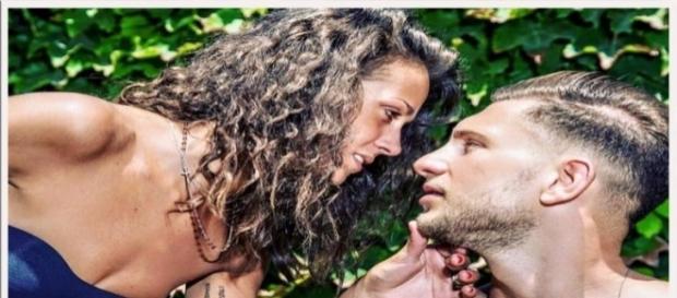 Uomini e Donne news, Teresa e Salvatore problemi prima del matrimonio: Di Carlo sbotta