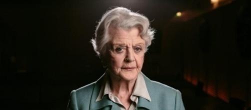 Angela Lansbury, la nuova entrata del cast.