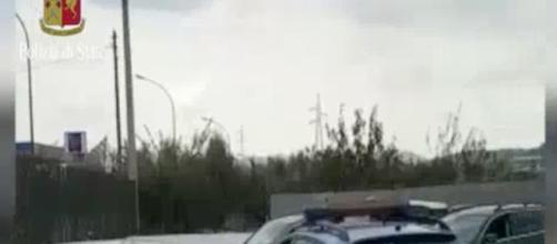 Le immagini del blitz effettuato dalla polizia stradale