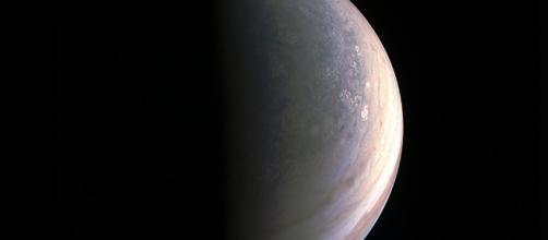 """Photo du pôle Nord de Jupiter, prise par """"JunoCam"""""""
