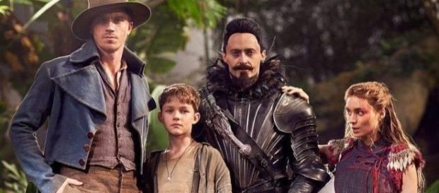 A nova versão de Peter Pan traz um elenco cheio de estrelas. (Foto: Divulgação Warner Bros)