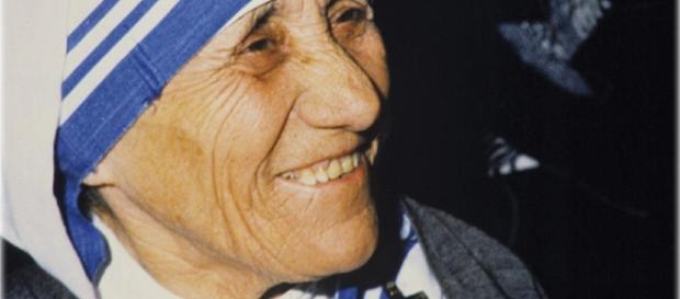 Madre Teresa di Calcutta molto più che un nobel per la pace / IDEE ... - lavocedeltempo.it