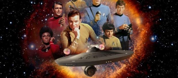 Star Trek, i francobolli commemorativi del 50° anniversario #LegaNerd - leganerd.com