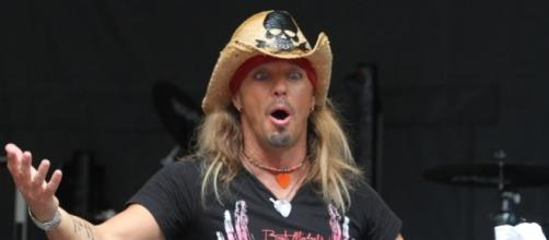 Bret Michaels asks for the publics help: Photo: Blasting News Library- Bret Michaels Pictures, Latest News, Videos and Dating Gossips - aceshowbiz.com
