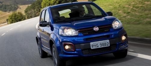O Uno volta a se modernizar para seguir na briga dos compactos e, para 2017, Fiat privilegia a parte técnica, agregando novas tecnologias ao modelo