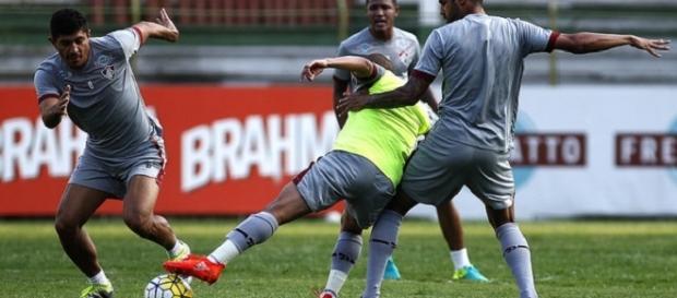 Flu treina para encarar, na quarta, o Botafogo (Foto: Nelson Perez/Divulgação FFC)