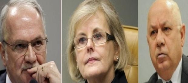 Ministros do STF decidem juntos sobre a permanência dos direitos de Dilma Rousseff.