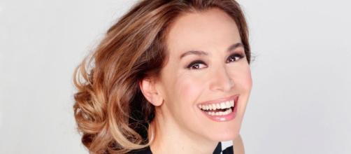 Barbara D'Urso: la sua vita da single - bollicinevip.com