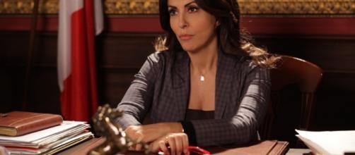 Sabrina Ferilli in Rimbocchiamoci le maniche, la nuova fiction della Mediaset