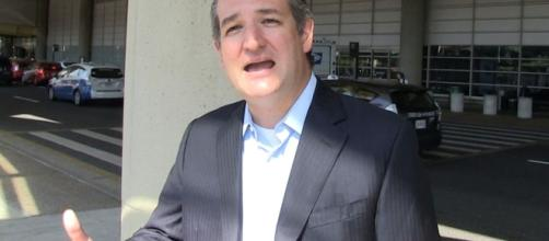 Ted Cruz Rips Obama, Says Supporting Kaepernick Is Disrespectful ... - tmz.com
