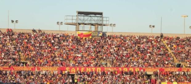 """Lo stadio """"Via del mare"""". Foto Salento Giallorosso."""