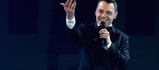 """Tiziano Ferro a Los Angeles per registrare """"Il mestiere della vita ... - radiomontecarlo.net"""