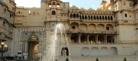 The Passion: Chittor palace from blasting news support