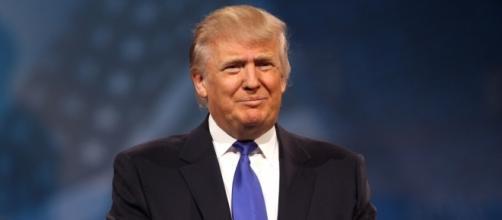 Donald Trump esalta il governo di Putin in Russia