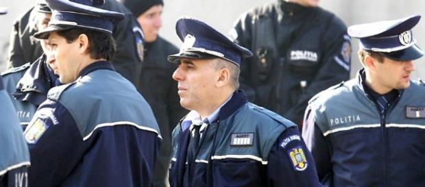 5000 de locuri scoase la concurs de poliția română