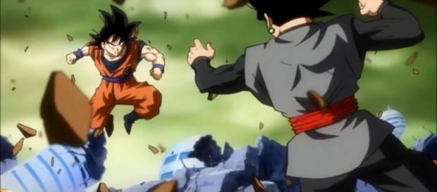 Goku peleando contra Black en la GM10
