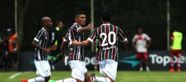 No Flu, Magno Alves (camisa 20) é um dos que permanece confiante em vaga na Libertadores (Foto: Arquivo)