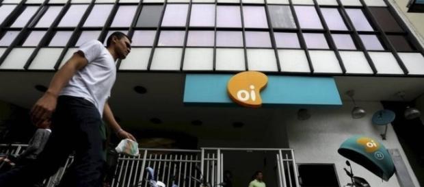 Oi anuncia retirada do mercado de telefonia móvel para pagar dívidas