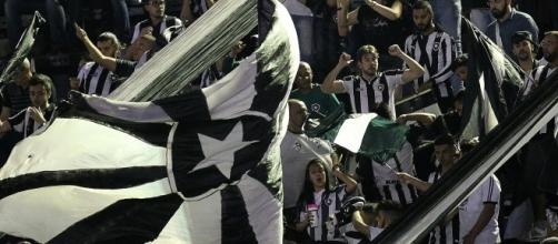Depois de segurar a lanterna do campeonato, finalmente o Botafogo dá esperança de dias melhores para sua torcida (foto: Vítor Silva/SSPress/Botafogo)
