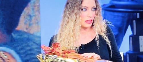 Karina Cascella ha attaccato Giulia Salemi a 'Pomeriggio Cinque'.