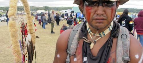 La protesta dei Sioux contro l'oleodotto che dovrebbe attraversare il loro territorio.
