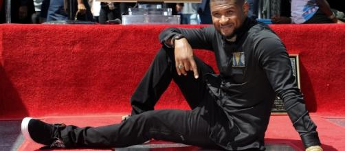 Usher honored with Hollywood Walk of Fame star ...- dailynews.com