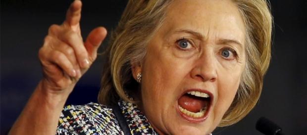 As Hillary Clinton's Email Story Unravels ... Photo: Blasting News Library- beforeitsnews.com
