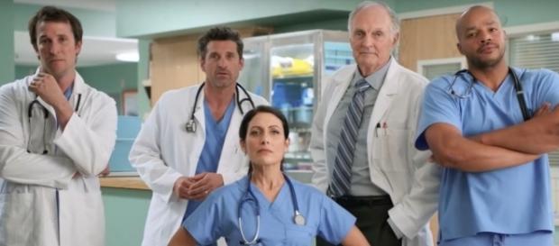 I dottori più amati delle serie tv insieme per uno spot sulla prevenzione.